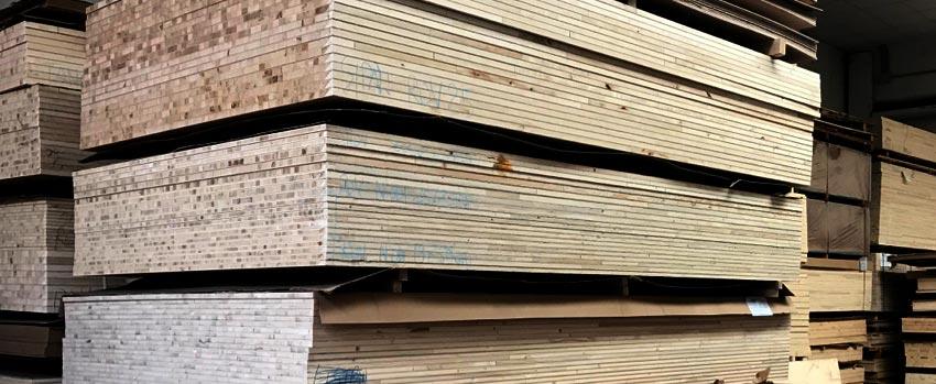 Trasporto pannelli di legno